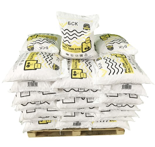 BSK PILLOW TABS pp pallet up
